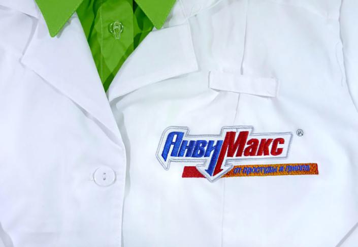 Вышивка на медицинской одежде